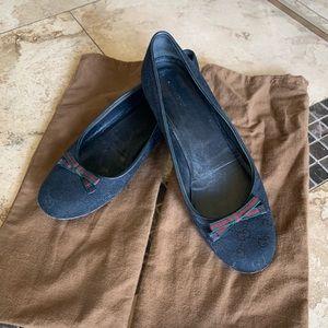 Shoes - Gucci Black Guccissima Canvas Bow Ballet Flats